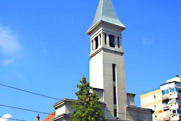 biserica-catolica-sfantul-anton-3BB962241-4A9C-A61F-723E-0998E40D6676.jpg